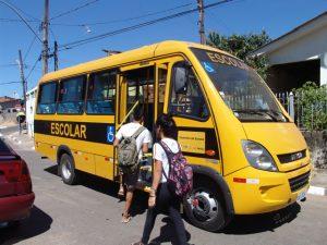 Transporte-Escolar-em-Jaguar