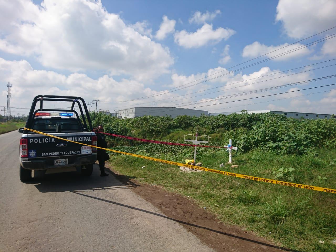 5c8679429 La mañana de este lunes dos cuerpos envueltos en bolsas negras y 4 paquetes  más con restos humanos fueron localizados en un canal de aguas negras a la  ...