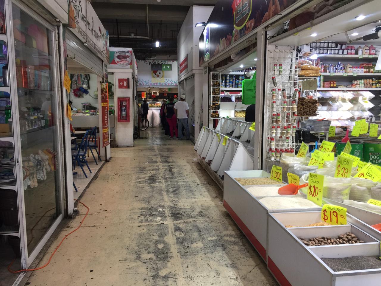 Buscan condonar multas a locatarios de dos mercados en Guadalajara