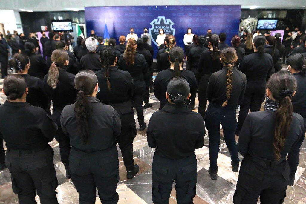 """Con el fin de garantizar seguridad a mujeres y atender manifestaciones o expresión de violencia pública, la Secretaría de Seguridad Pública del Estado (SSE) puso en operación el grupo """"Ateneas"""";"""