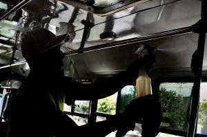Exhortan a transportistas reforzar medidas ante variante Delta en Jalisco